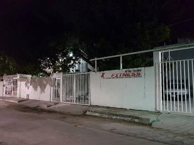 Se Renta Departamento U Oficina, Sobre Avenida Principal De La Ciudad