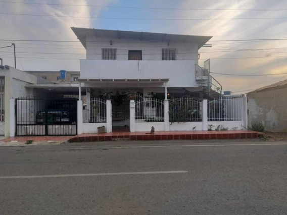 Disponible Casa En Venta Puerta Maraven 20-6320