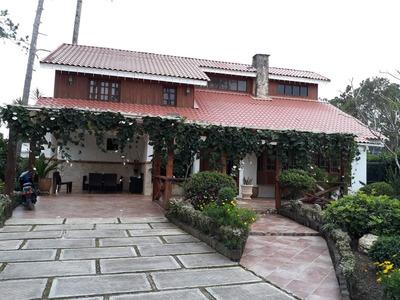 Casa De 3 Habitaciones En Jarabacoa