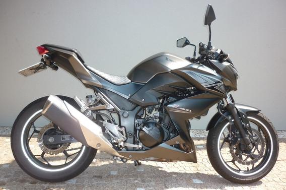 Kawasaki Z 300 - Roda Brasil - Campinas
