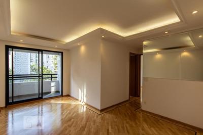 Apartamento No 2º Andar Mobiliado Com 2 Dormitórios E 2 Garagens - Id: 892909058 - 209058