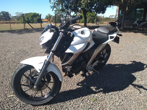 Moto Faz25 Fazer 250cc Yamaha 10000 Km Muito Nova
