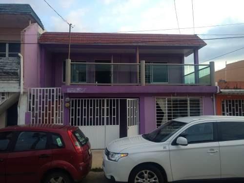 Casa Duplex En Renta, Planta Alta, Col. Iquisa