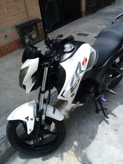 Moto Akt Cr5-180