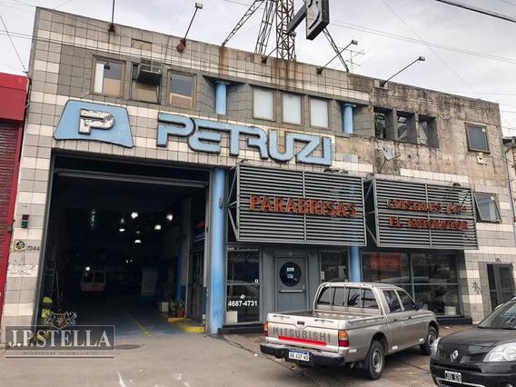Galpón, Local Comercial Y Departamento 4 Ambientes - Mataderos