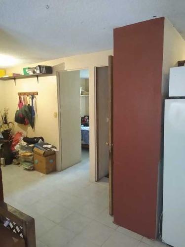 Departamento En Unidad Habitacional Las Fuentes