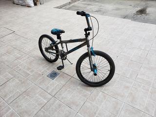 Bicicleta Thruster Freestyle