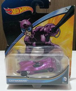 Hot Wheels Catwoman - Dc Comics Mattel Mulher Gato