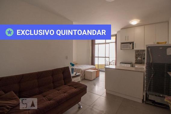 Studio No 3º Andar Mobiliado Com 1 Dormitório E 1 Garagem - Id: 892944327 - 244327