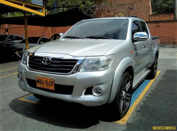 Toyota Hilux Turbo Diesel 4*4 2500cc