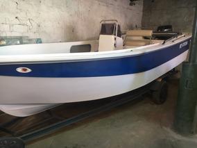 Tracker Excedo Boats ( Astillero Pmc) Con Mercury 40 (2016)