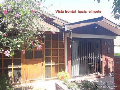 Casa 4d Valenzuela Llanos / S. Bolivar .