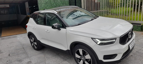 Volvo Xc40 T5 Momentum Automatica  Branca 2018 Leilao