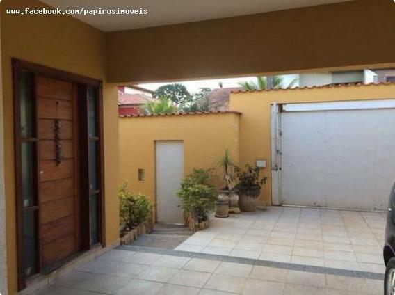 Casa Para Venda Em Tatuí, Colina Verde, 3 Dormitórios, 2 Banheiros, 4 Vagas - 0007