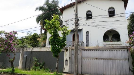 Casa A Venda No Bairro Belvedere Em Bh - 8599