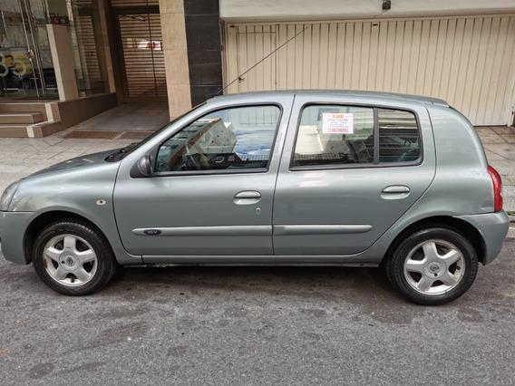 Renault Clio 2006 1.6 Privilege