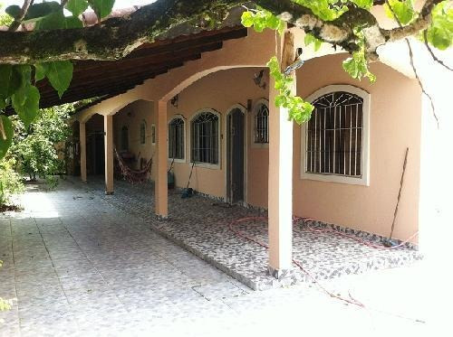 Casa À Venda Na Cidade De Itanhaém - 0671 | A.c.m