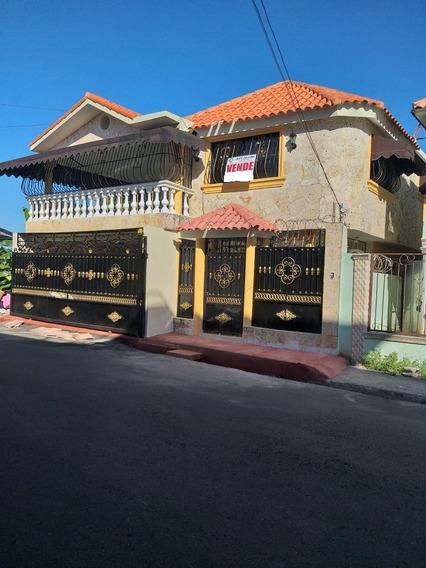 Casa De 3 Habitaciones Autopista San Isidro
