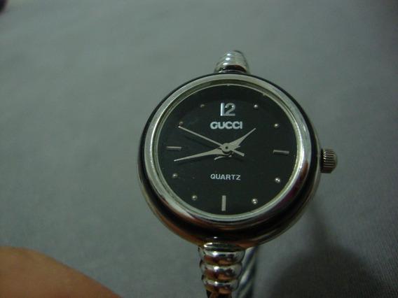 Relógio Bracelete Fino - Gucci - Aro D: 2cm - Diametro: 7cm