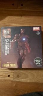 Revoltech Sci-fi Iron Man, Mark 3