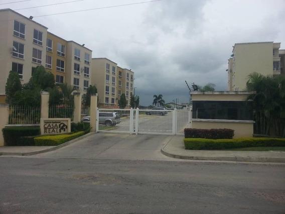 Alquiler Apartamento 2h 2b 2est 82 M2 $,180. Charallave.
