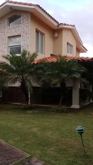 Villa En Renta En Metro Country Club Juan Dolio