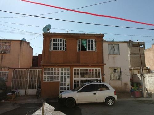 Venta De Casa Con Ampliación 3-4 Recámaras, Paseos De Ecatepec