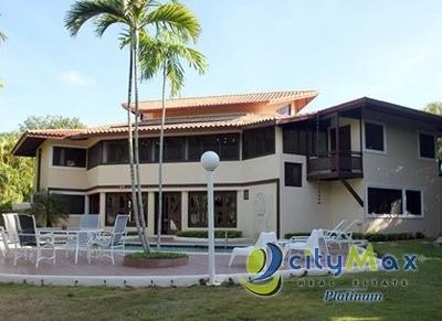 Villa Amueblada En Casa De Campo La Romana