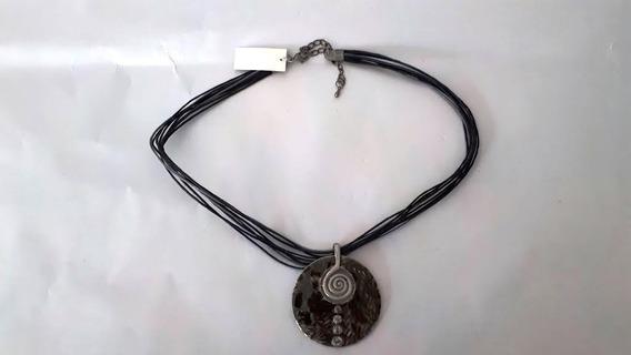 Colar Cordão Com Pendante Redondo Em Metal Esotérico Preto