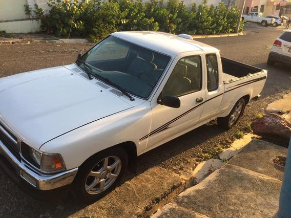 Toyota Pickup Cabina Y Media