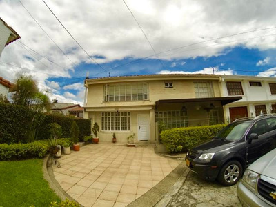 Casa En Arriendo Alhambra Mls 19-362 Rbc