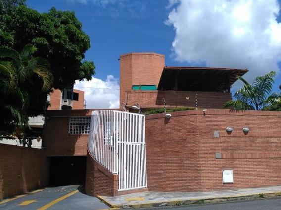 Bello Ph En Edificio Muy Privado...