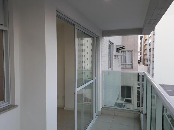 Apartamento Á Venda, 02 Quartos, 01 Vaga De Garagem, Ótima Localização Na Praia Da Costa - 955