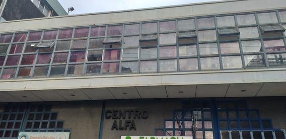 Oficinas En El Centro De La Ciudad. Hay Tres Disponibles