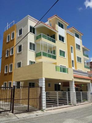 Apartamentos En La Aut. San Isidro, Nuevo Amanecer