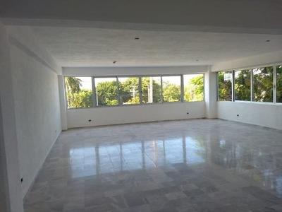 Renta De Oficina En Cancun, A Unos Metros De Zona Hotelera