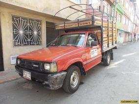 Estacas Mazda