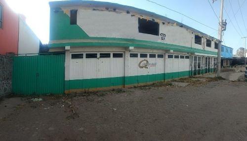 Terreno Con Locales Comerciales En Venta, A Pie De Carretera Querétaro-toluca