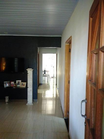 Vendo Casa 3 Quartos, 2 Banheiros, 2 Varandas, Sala, Cozinha