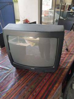 Televisor Mustang Funcionando