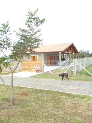 Casa 122 Mts.2 (aproximadamente) ConstruídoTerreno De 570 M