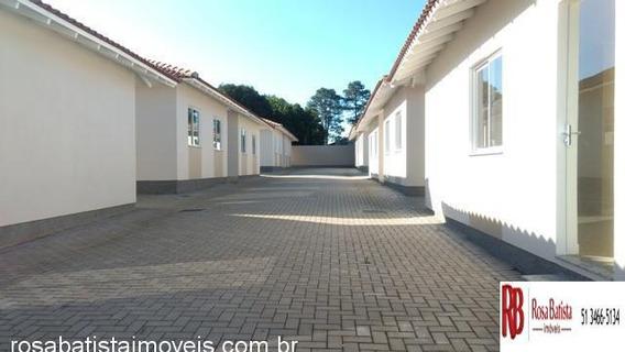 Casa Com 2 Dormitório(s) Localizado(a) No Bairro Olária Em Canoas / Canoas - C114
