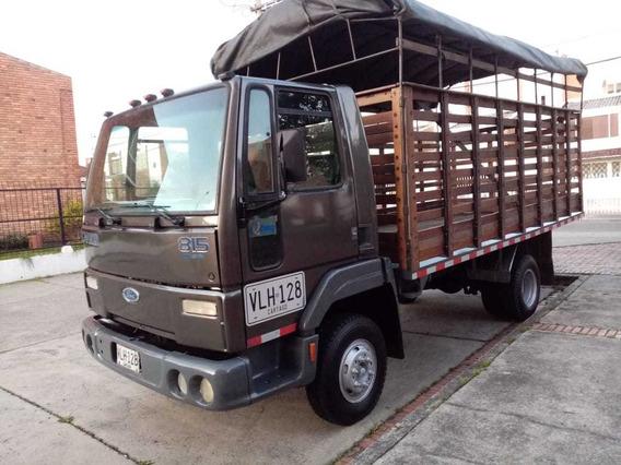 Ford Cargo 815 Estacas 2006 Diesel
