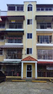 Apartamento 3 Habitaciones Y 2 Baños Av. Jacobo Majluta