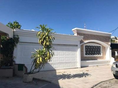 Vendo Casa Amoblada En Vista Magna, Altos De Panamá 19-6254*