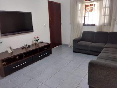 Casa Com 02 Dormitórios Na Vila Jundiaí
