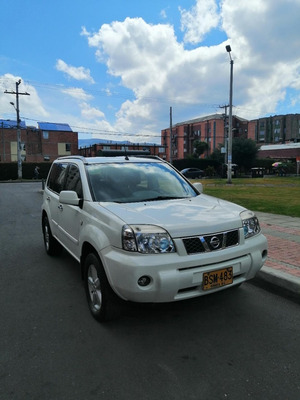 Camioneta Nissan Xtrail