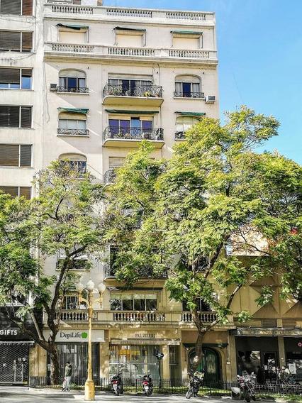 Oficina En Alquiler Frente A Plaza San Martín