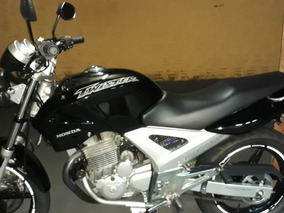 Twister 250 Preta