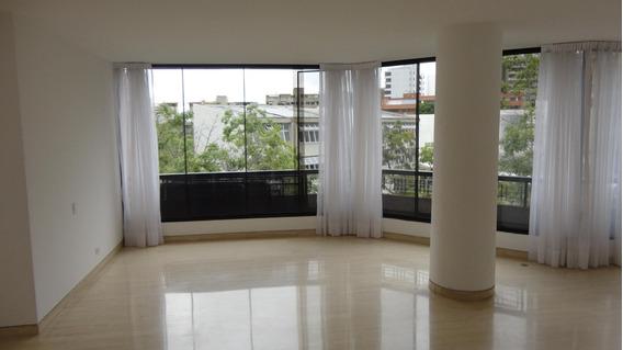 Apartamento En Alquiler Colinas De Valle Arriba, #20-1582 Av